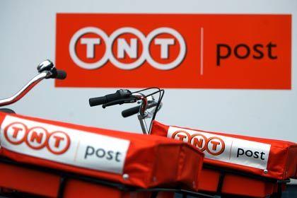 Ganz schön rot: Fahrräder für TNT-Postboten