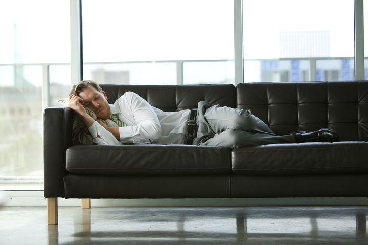 Für einen kurzen Mittagsschlaf braucht es nicht viel - nur Zeit. Nehmen Sie sich diese Zeit, es wird sich lohnen