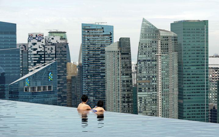 Blick vom Marina Bay Hotel auf die Skyline von Singapur: Folgt China dem Beispiel Singapurs, dürften wirtschaftliche wie politische Reformen folgen