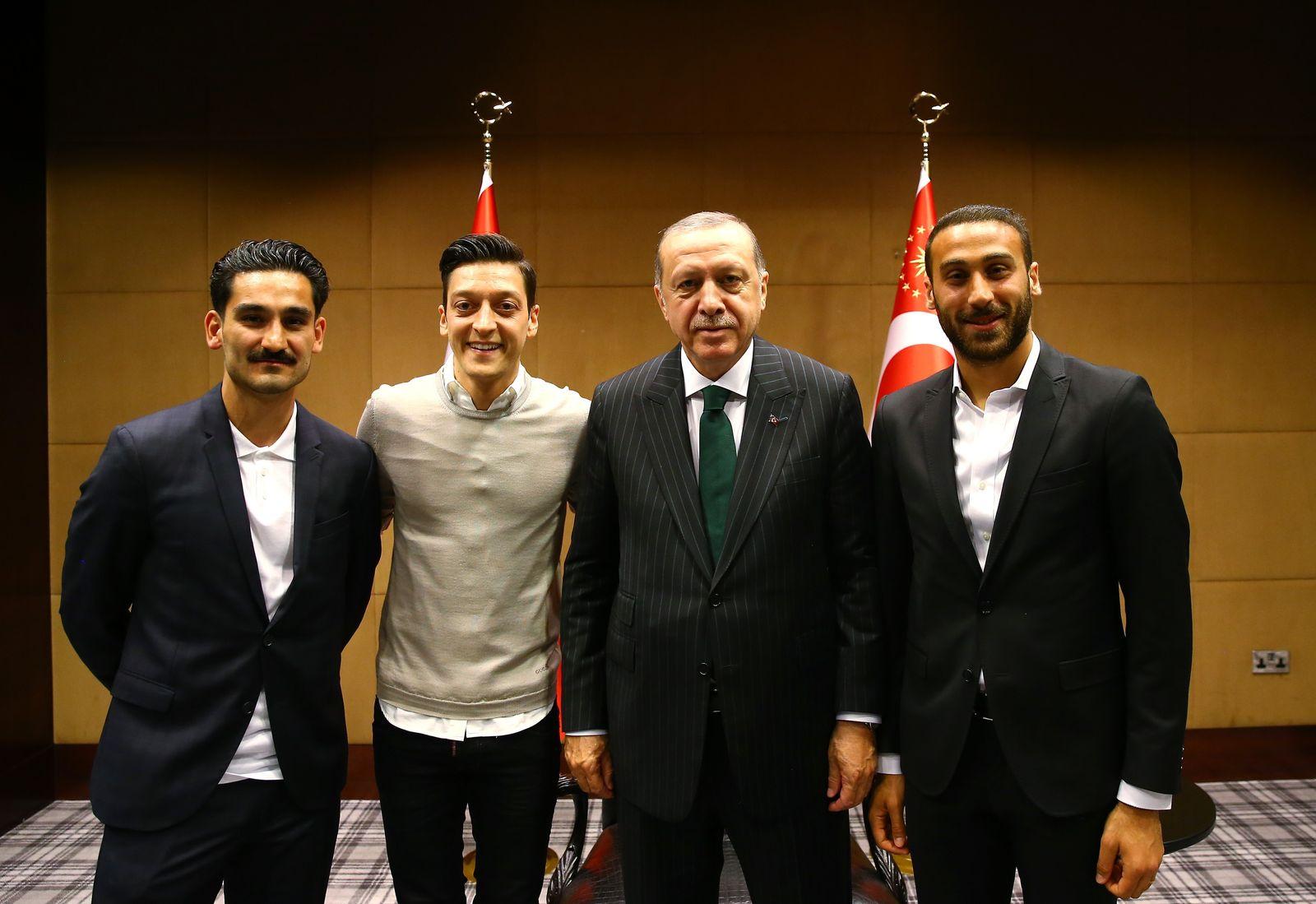 Ilkay Gundogan/ Mesut Ozil/ Cenk Tosun/ Recep Tayyip Erdogan