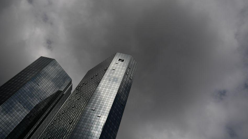 Die Deutsche Bank lehnt es zu erklärten, ab wann sie die verdächtigen Transaktionen bei den Behörden gemeldet hat