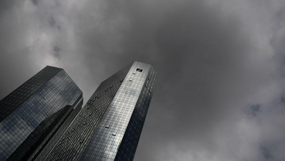 Deutsche Bank: Fusionsspekulationen sorgen für starke Schwankungen der Aktie