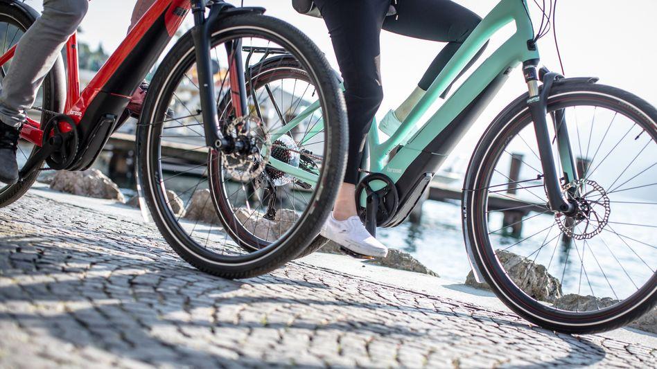 Pedelecs der Firma Brose: Die E-Bike-Branche boomt