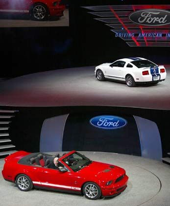 Roter Flitzer: Ford präsentiert den Ford Shelby GT500