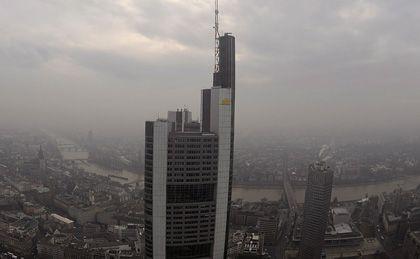 Trübe Aussichten: Die Commerzbank legt am Dienstag Zahlen vor - Anleger erwarten nichts Gutes