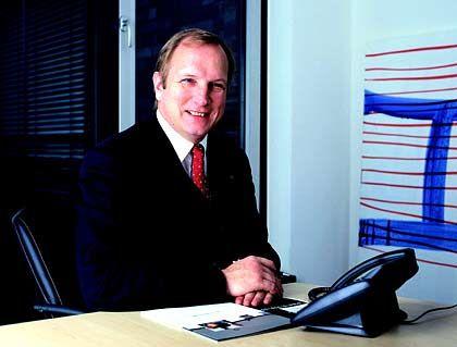 Dietmar Gollnick ist Vorsitzender der Geschäftsführung des Funkservice-Anbieters e*Message in Berlin und CEO Europe. Das Unternehmen ist nach der Übernahme der Funkruf-Aktivitäten von France Telecom Mobile und DeTeMobil nach eigenen Angaben kontinentaleuropäischer Marktführer in den Sparten Business Paging und Data Broadcast.