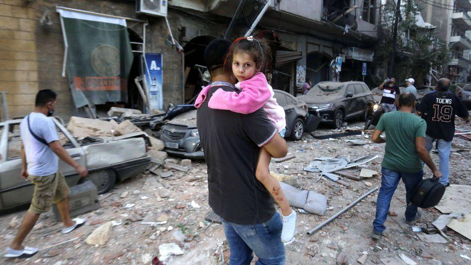 Trümmerfeld: Im Zentrum von Beirut nach der Explosion im Hafen am Dienstagabend