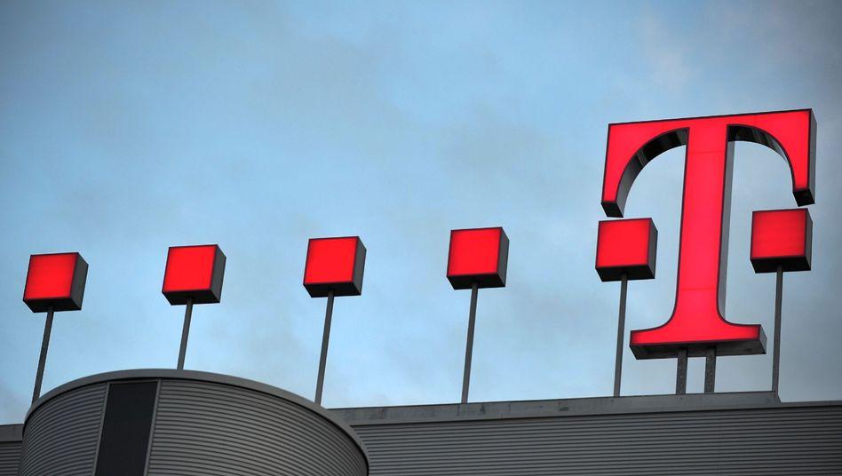 Telekom-Zentrale in Bonn: Der Konzern muss sein Hochgeschwindigkeitsnetz für Wettbewerber öffnen