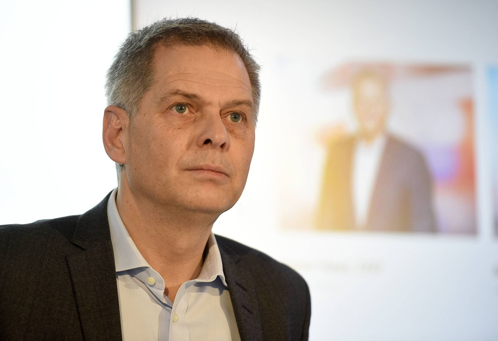 EINMALIGE VERWENDUNG Pieter Haas