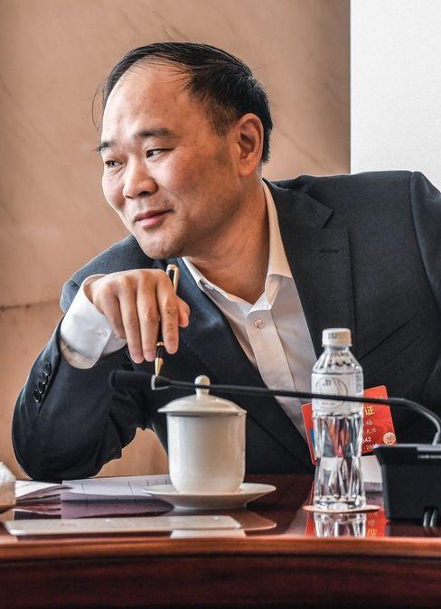 Mister 10 Prozent: Geely-Eigner Li Shufu will Daimler in sein Autoreich einbauen