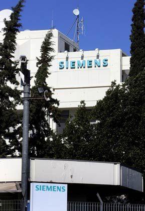 Schwere Vorwürfe gegen den Ex-Griechenland-Chef: Siemens-Zentrale in Athen