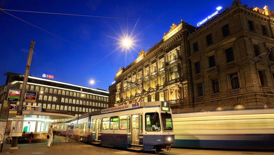 Paradeplatz in Zürich: Crédit Suisse und UBS bauen um