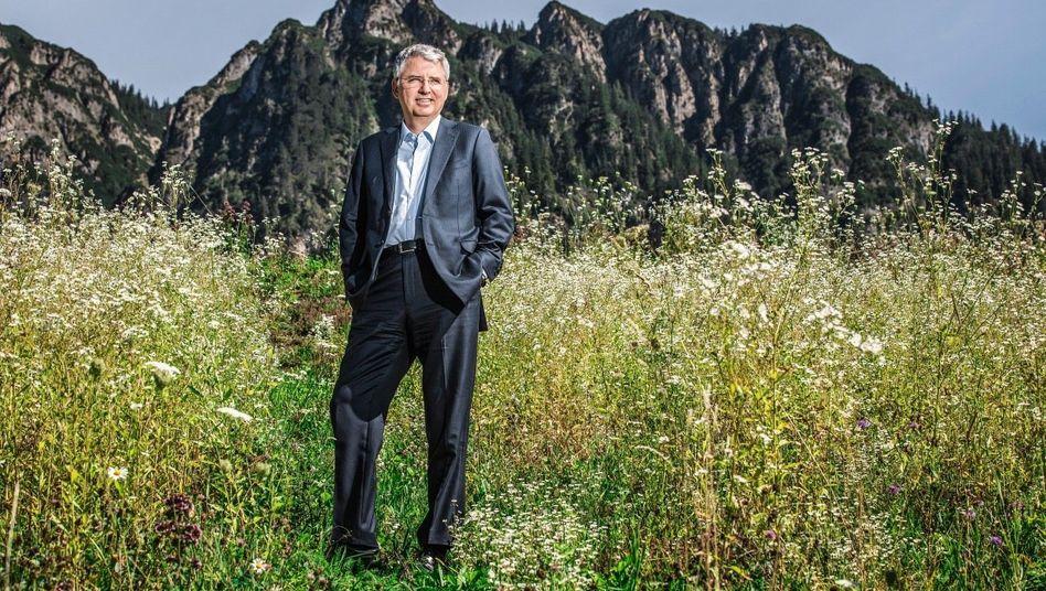 Gipfelstürmer: Mit neuartigen Krebsmitteln baute Severin Schwan Roche zur Nummer eins der Pharmawelt auf. Nun braucht die Schweizer Blockbusterfabrik einen Neustart.