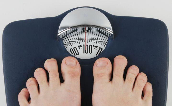 """Ziele setzen: Wenn Sie schwer sind, kann es schon ein gutes Ziel sein, ein """"Uhu"""" zu werden - also die 100-Kilo-Grenze zu unterschreiten"""