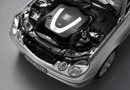 Wer wartet den MB E350 V6-Motor am günstigsten? Per Internet startet Mercedes Reparatur-Aktionen