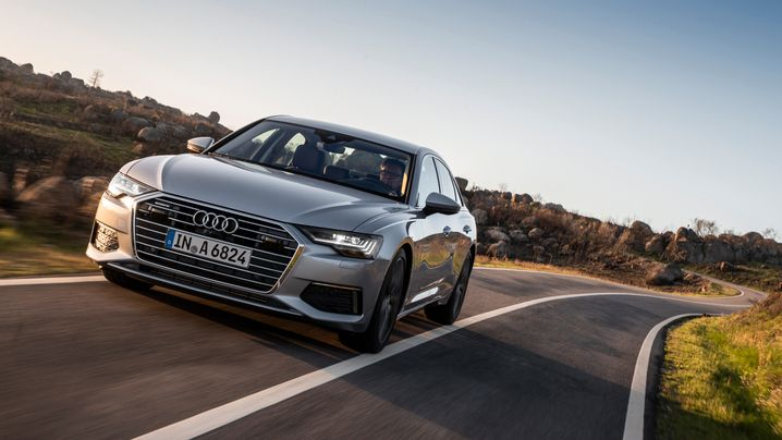 Audi A6: Breit und stattlich auch im Abgang