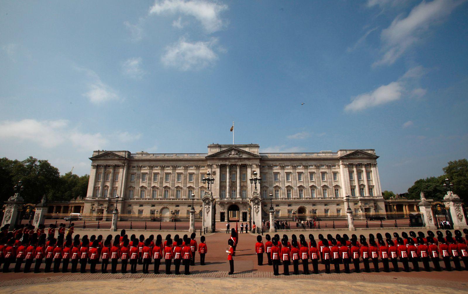 Großbritannien / Buckingham Palace