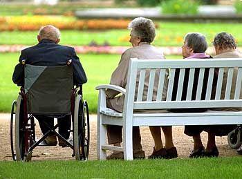 Alternde Bevölkerung: Goldenes Zeitalter für Arzneikonzerne?