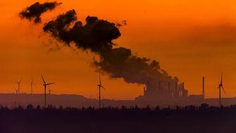 Was von den Klimaversprechen der Industrie zu halten ist