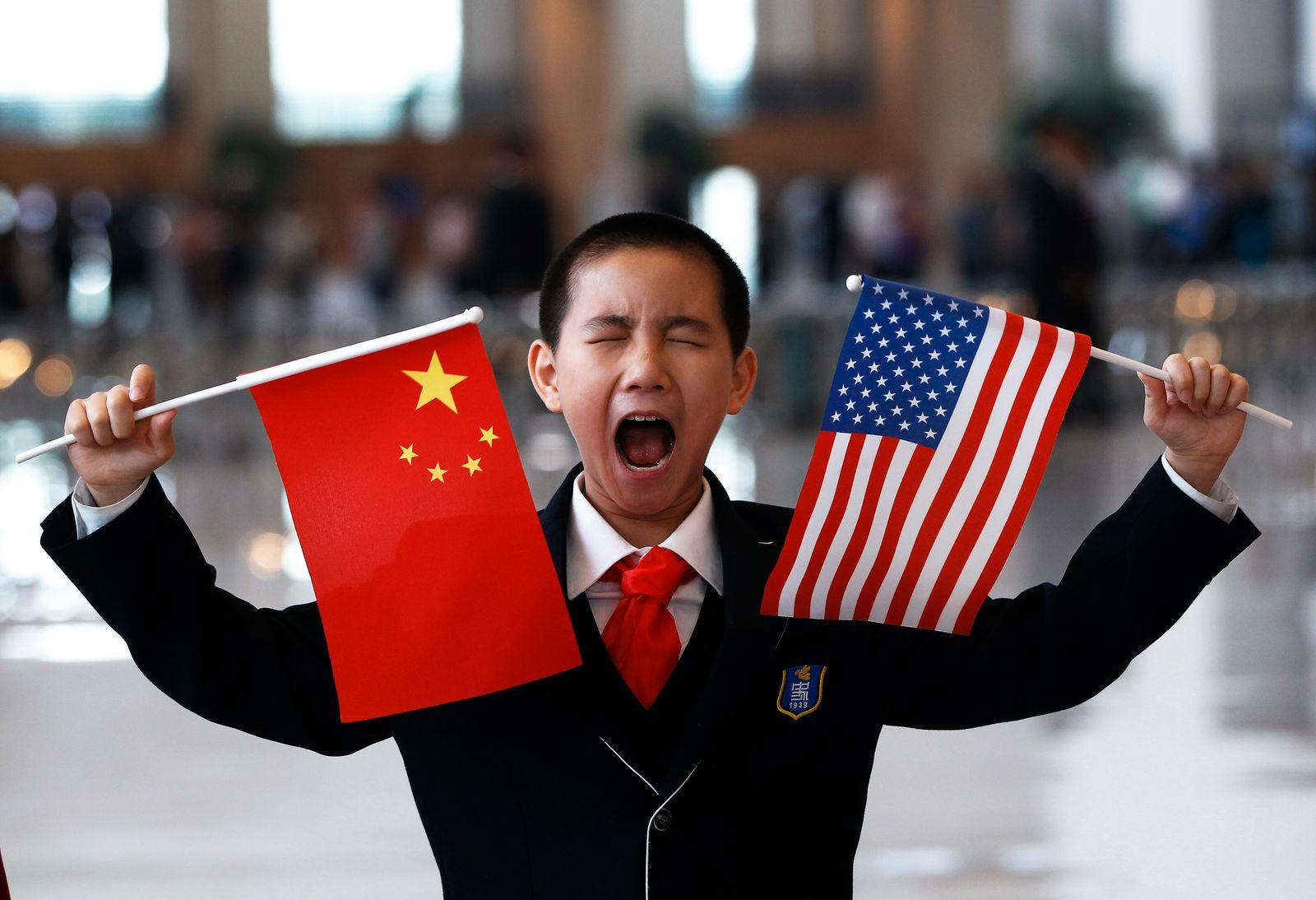 China; USA; Flaggen