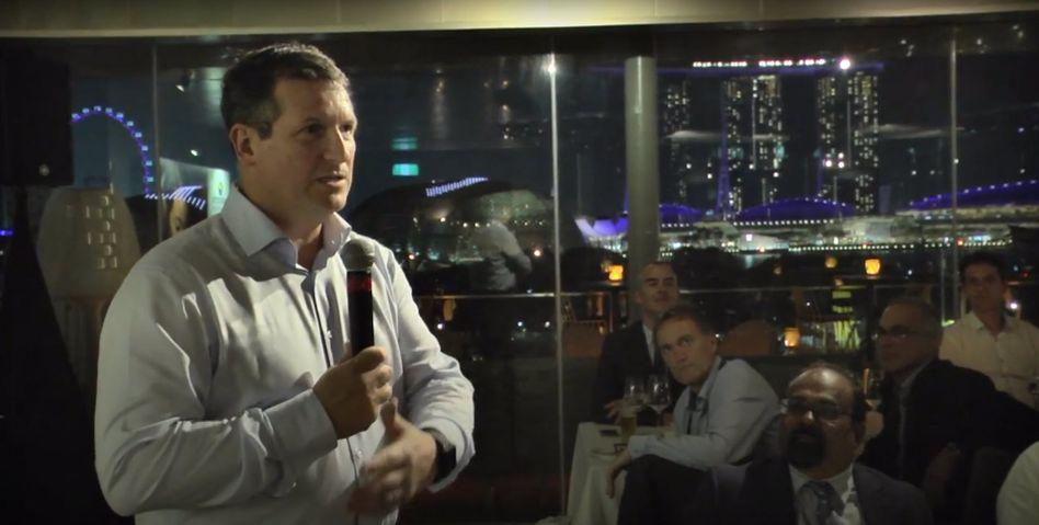 Jean-Marc Gilson bei einer Roquette-Veranstaltung 2017 (Youtube-Screenshot).