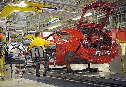 Opel-Werk in Eisenach: Magna strebt eine Minderheitsbeteiligung von weniger als 20 Prozent an - und hat im Gegensatz zu Fiat Barreserven