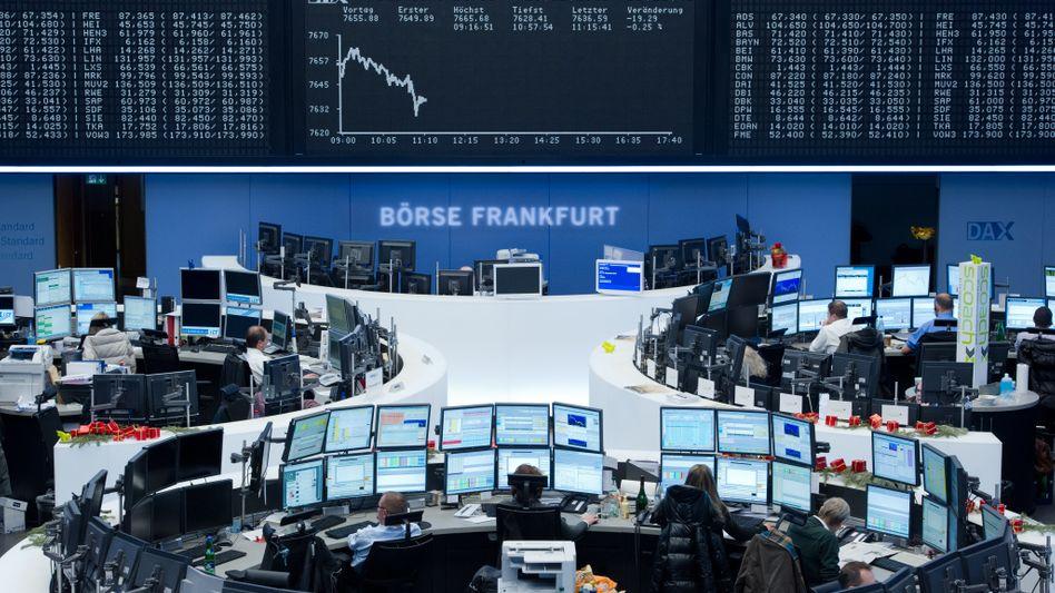 Börsenparkett in Frankfurt: Dax profitiert von US-Konjunkturdaten