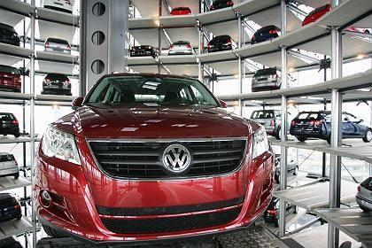 Schlingerkurs: Mit der VW-Aktie geht es rauf und runter