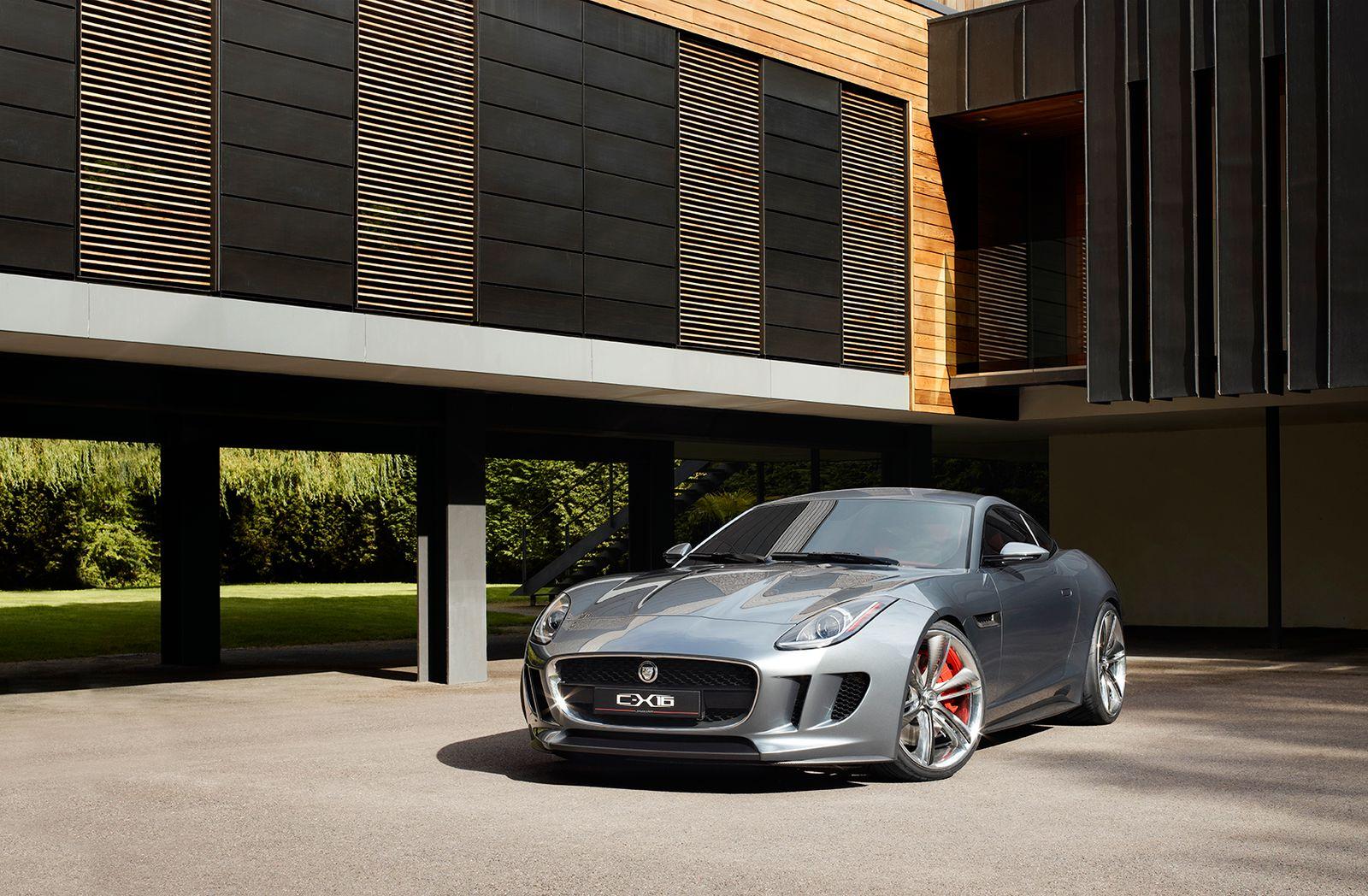 Jaguar CX 16 / Außenansicht