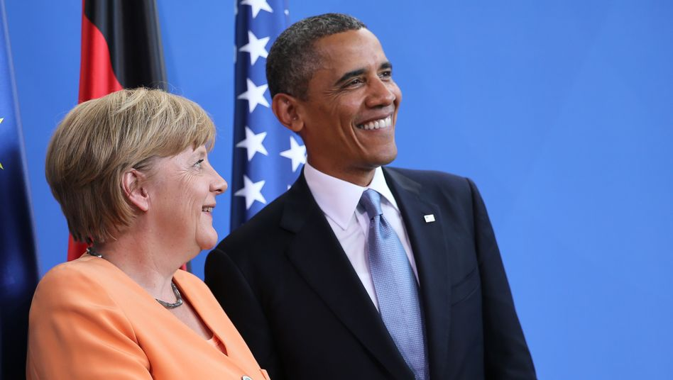 """Kanzlerin Angela Merkel und US-Präsident Barack Obama: Kontroverse Ansichten über Amerikas Spähprogramm """"Prisma"""""""