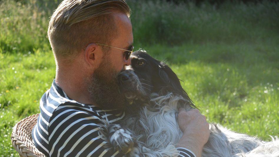 "Ulv Philipper / Autor ""Dog Management"""