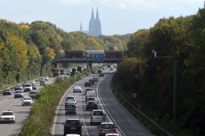 Autobahn in Richtung Kölner Innenstadt