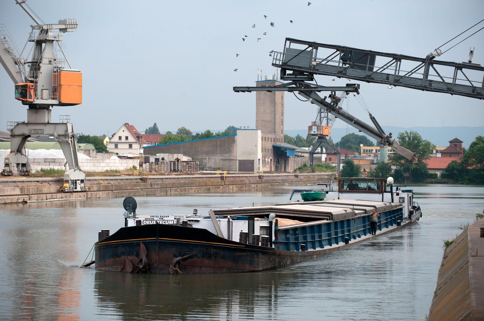 Stichkanal im Hildesheimer Hafen