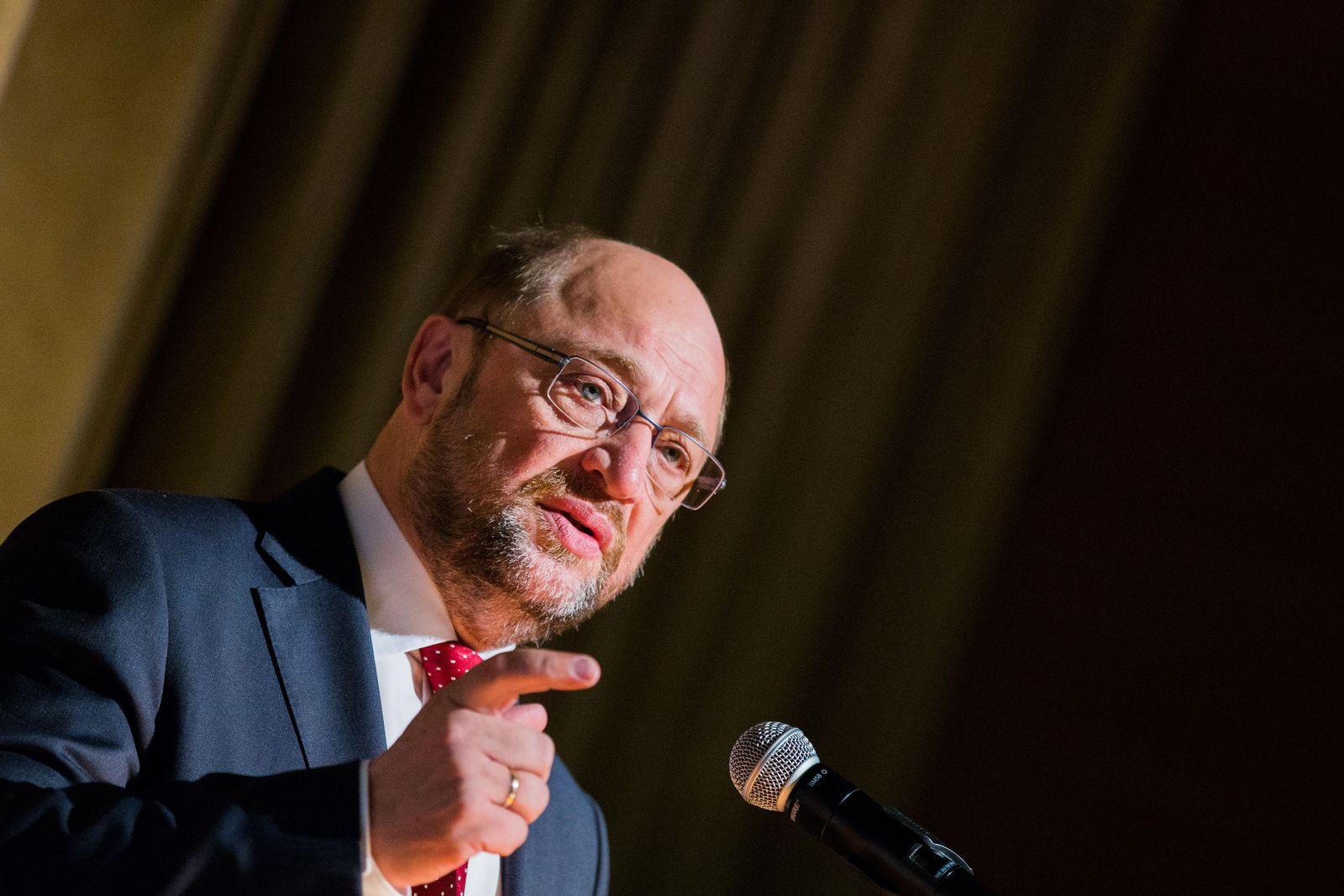 Martin Schulz hält Vorlesung
