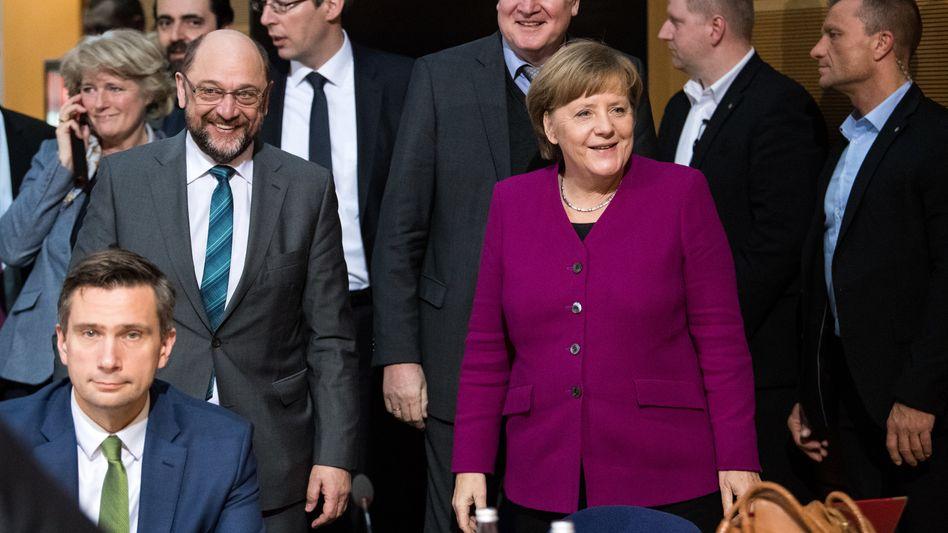 Merkel, Schulz: Entscheidung über Koalitionsvertrag fällt heute