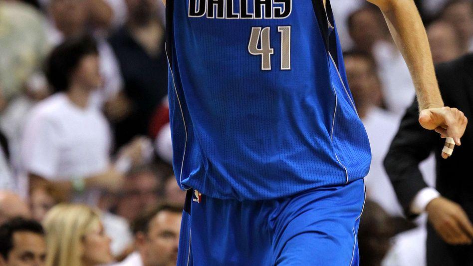Auch seine Daten (zumindest die als Basketballer) liegen bei Sportradar: Dirk Nowitzki.