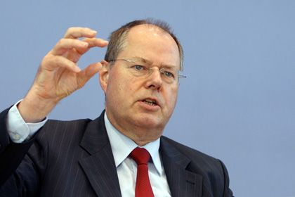 """Finanzminister Steinbrück: """"erste Indikatoren, die vielleicht darauf hinweisen, dass wir aus dem Tal herauskommen können"""""""