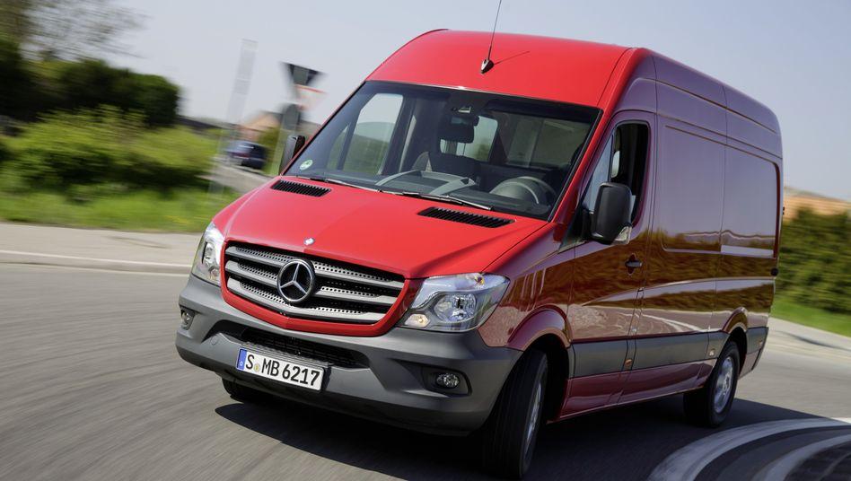 Mercedes-Benz Sprinter von 2013: Auch im beliebten Transporter soll eine unzulässige Abschaltvorrichtung arbeiten