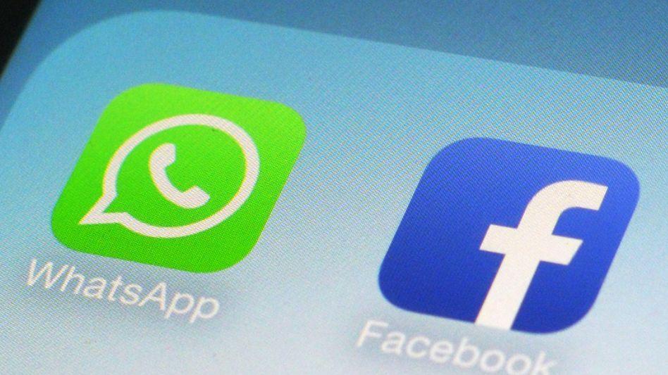 Seite an Seite: WhatsApp steht ebenso wie der Mutterkonzern Facebook oft in der Kritik von Datenschützern