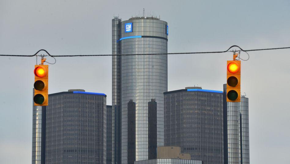 GM-Zentrale in Detroit: 900 Millionen Dollar Strafe soll GM zahlen - das Gericht könnte die Strafverfolgung aussetzen