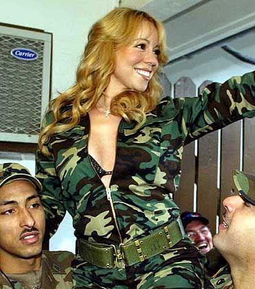 Im vergangenen Dezember sorgte Mariah Carey bei US-Soldaten im Kosovo für ein wenig Abwechslung