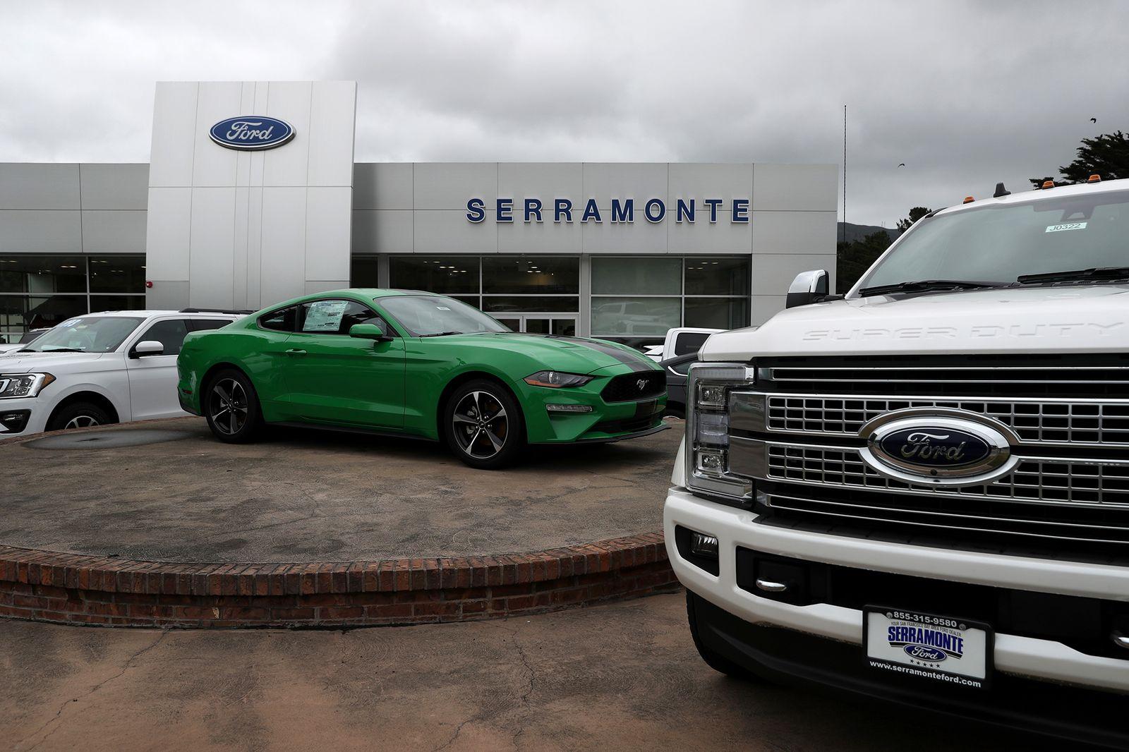 Autoverkauf/ USA/ Ford