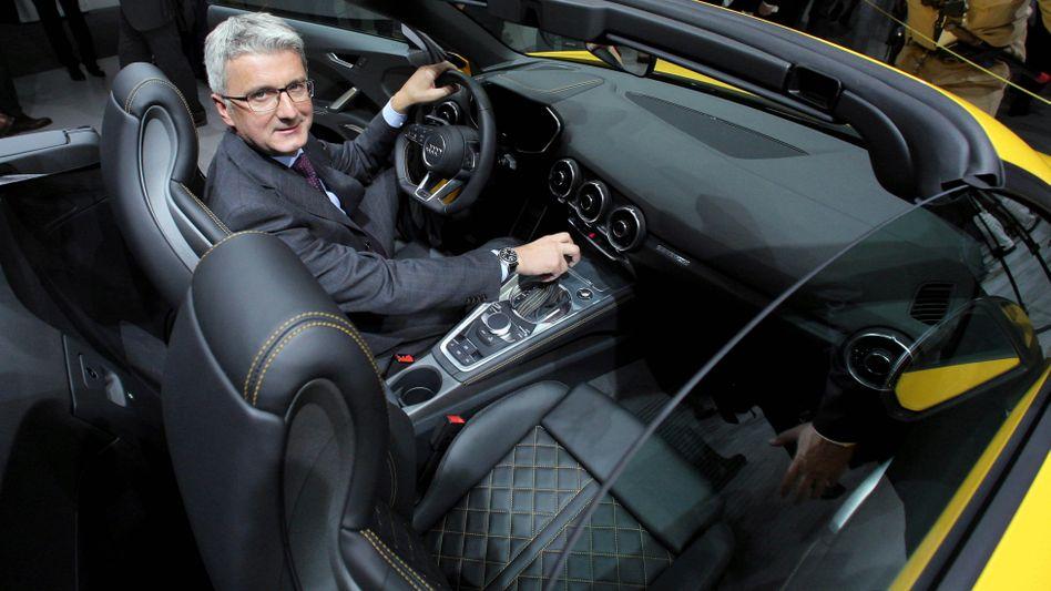 Soll nicht abhauen: Der beurlaubte Audi-Chef Rupert Stadler