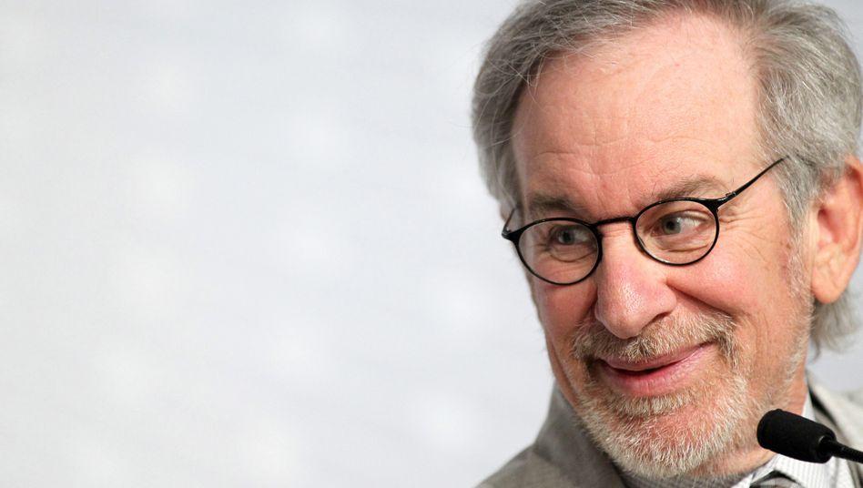 """Star-Regisseur- und Produzent Steven Spielberg wird künftig die Serie """"Amazing Stories"""" für Apples Streaming-Dienst produzieren."""