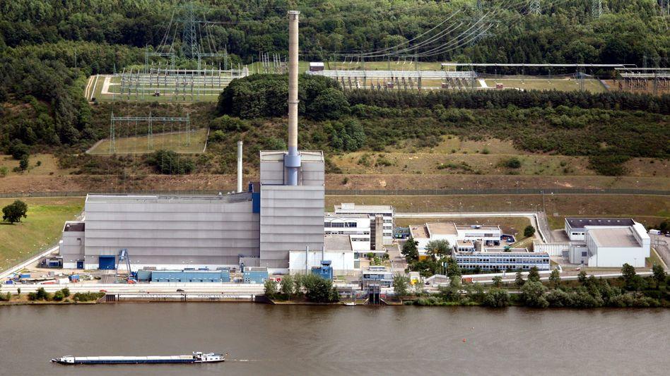 Kraftwerk mit Elbblick: Das AKW Krümmel bei Hamburg