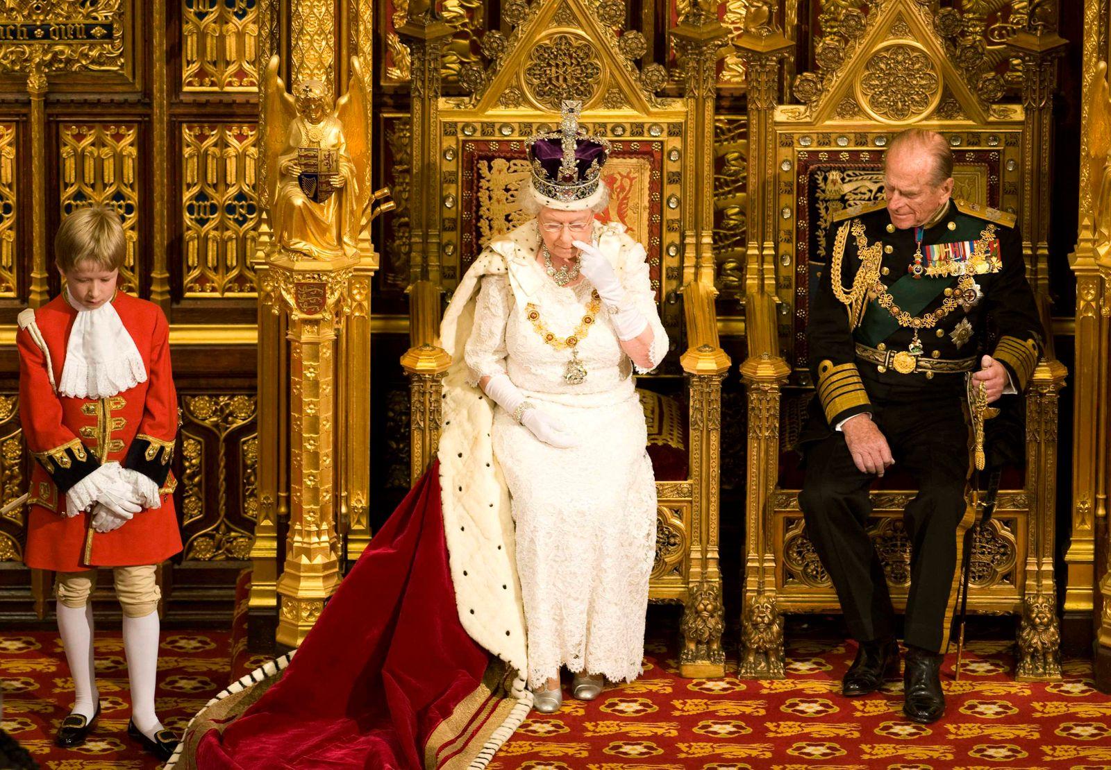 Queen Elizabeth Prinz Philip Parlamentseröffnung