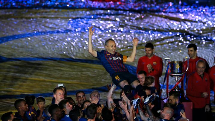 Europas Fußballmeister im Finanzcheck: Bayern lockt die Massen, Barcelona prasst im Kader