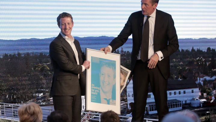 Mark Zuckerbergs PR-Besuch in Deutschland: King Zuck in Berlin - die Maschine läuft