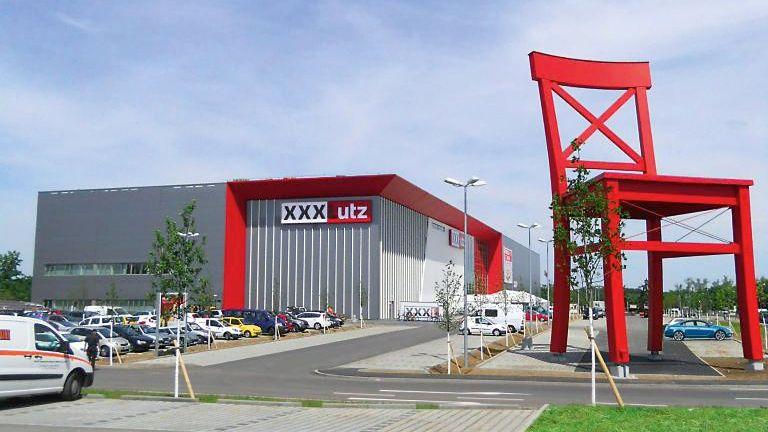 XXXLutz wächst in der Schweiz und übernimmt Teile von Migros Interio-Filialen
