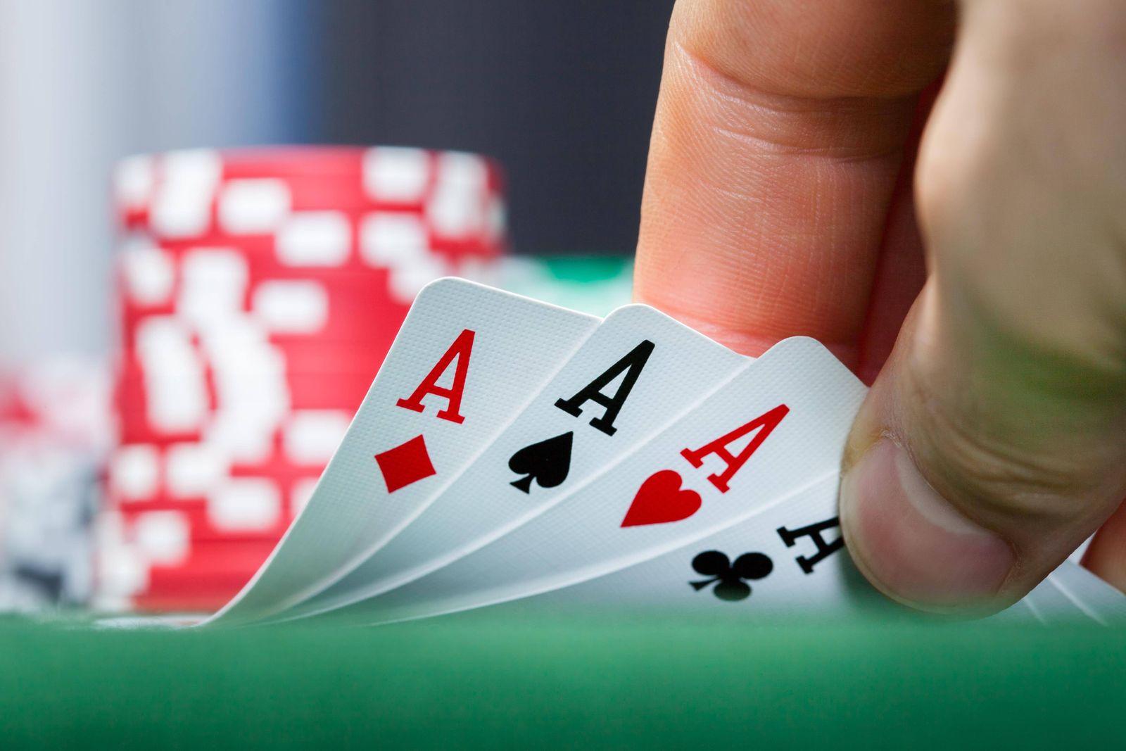 EINMALIGE VERWENDUNG Poker Karten